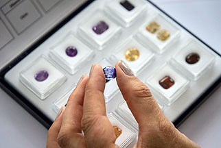 Your Choice Coloured Stones Programme - German Gemmological Association (DGemG)